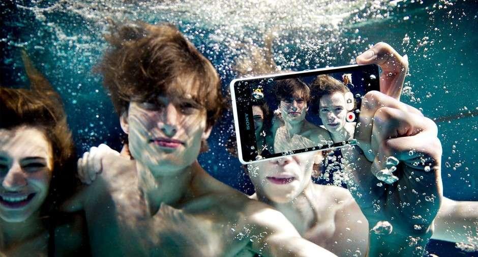Sony Xperia ZR: le caratteristiche tecniche [FOTO e VIDEO]