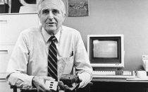 Morto linventore del mouse, Doug Engelbart