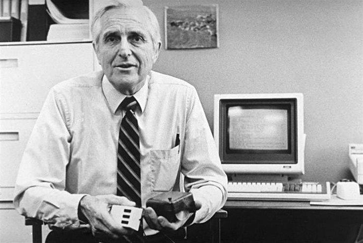 Morto l'inventore del mouse, Doug Engelbart