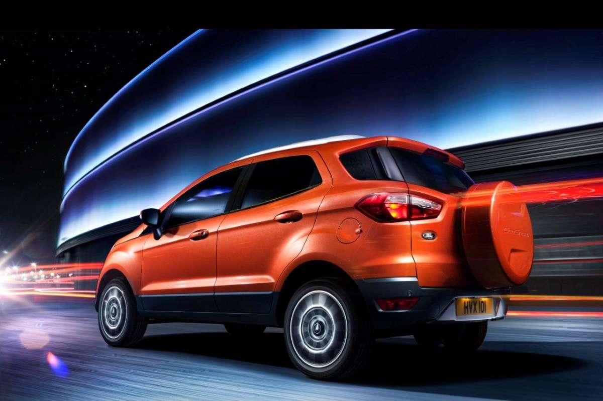Ford EcoSport: Facebook car e nuove app per SYNC