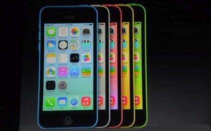 Comprare iPhone 5S e 5C all'estero: come, dove e quando [FOTO]