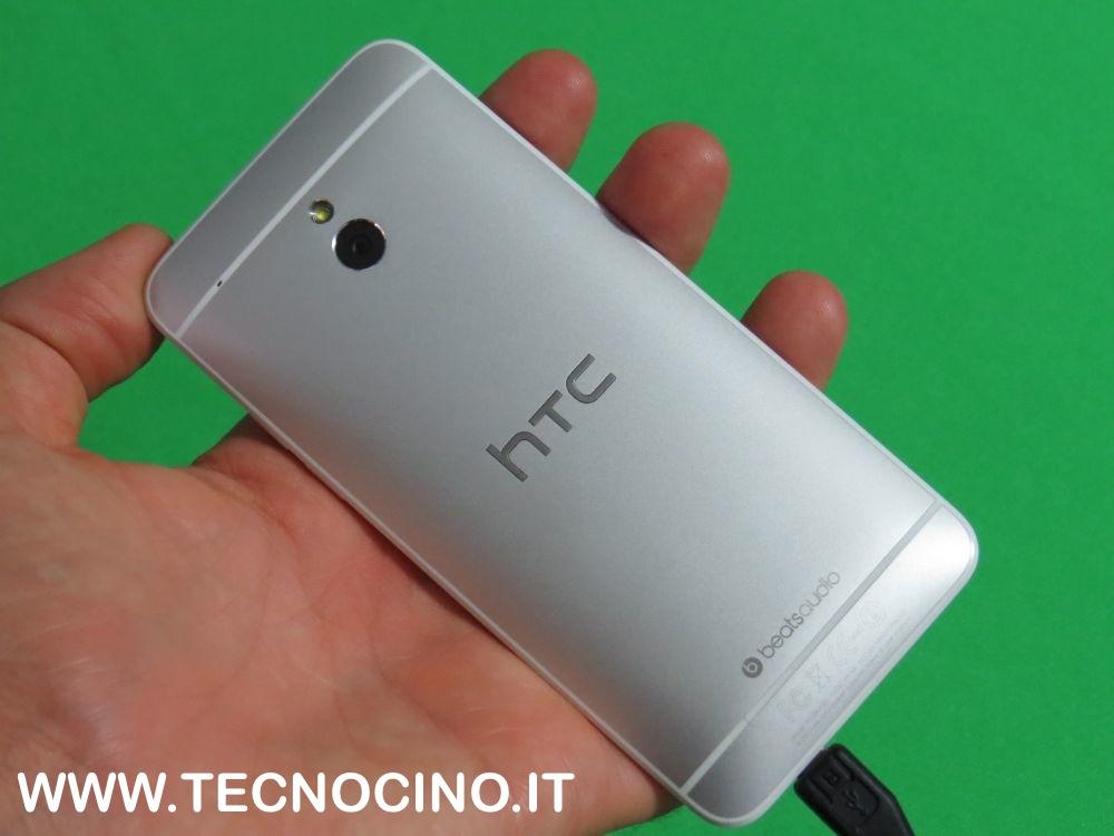 HTC One Mini retro