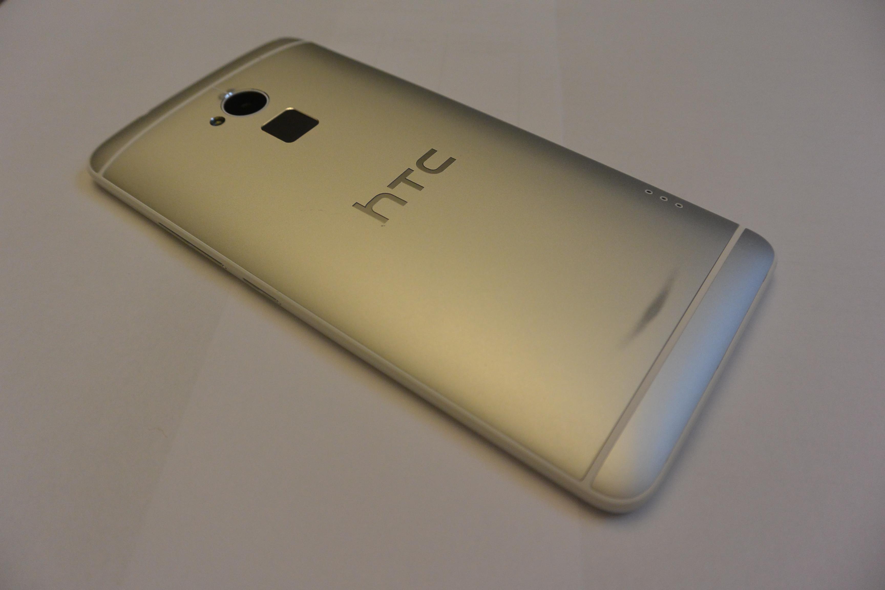 HTC One Max retro