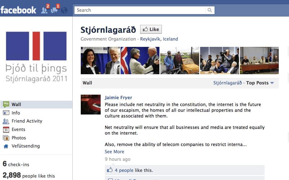 Facebook Islanda