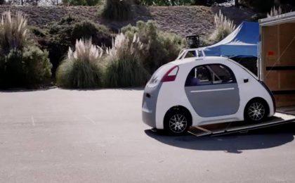 Google Car senza volante né pedali guidano da sole
