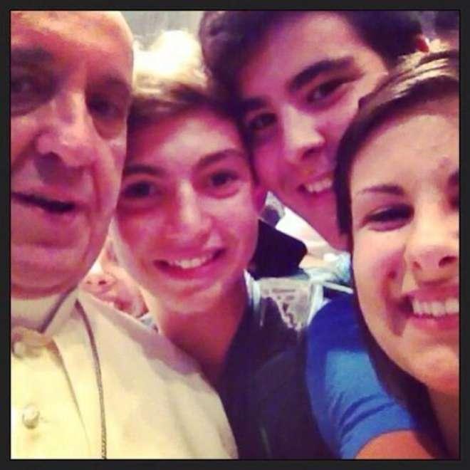 Autoscatto Papa Francesco Selfie