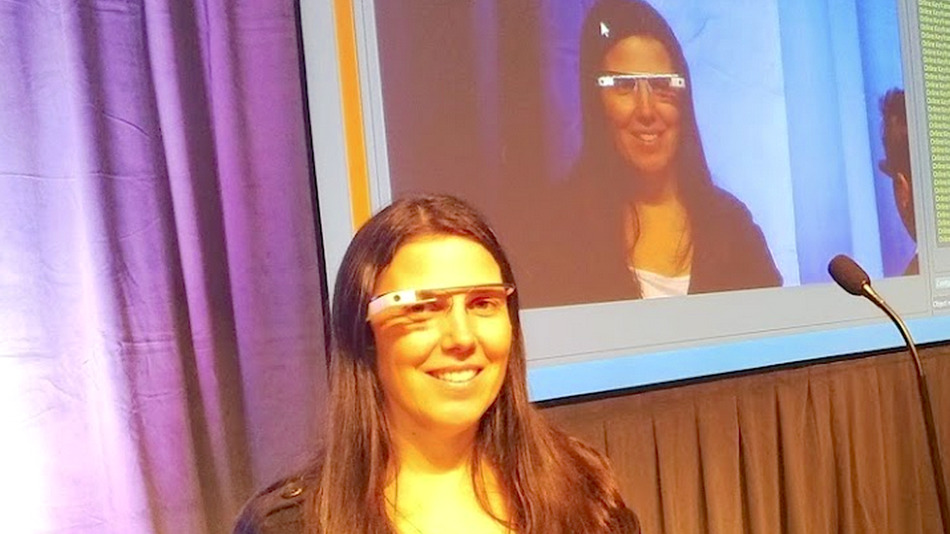 Donna multata guidava con Google Glass