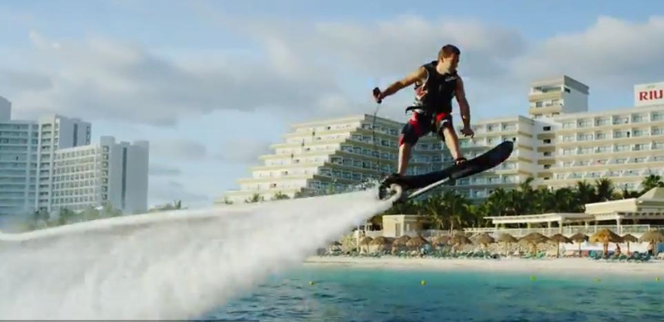 Hoverboard acquatico