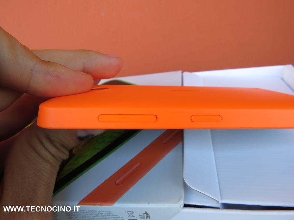 Nokia Lumia 630 i pulsanti sul lato