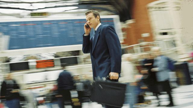Cellulari scarichi vietati sui voli per gli USA