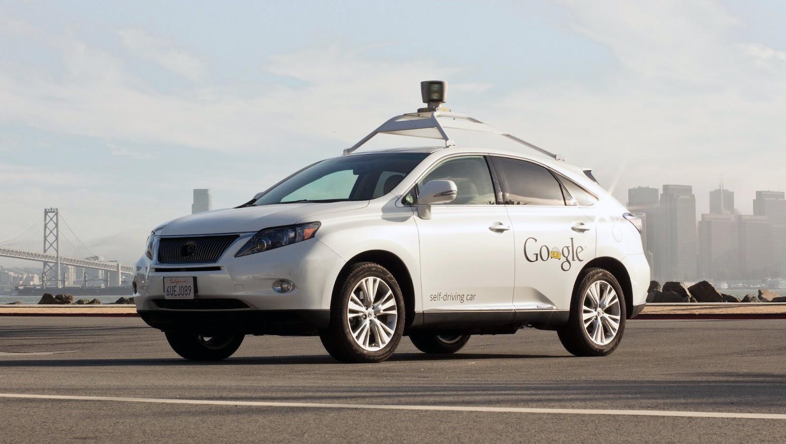 Google Car: test in stile Matrix per i veicoli autonomi
