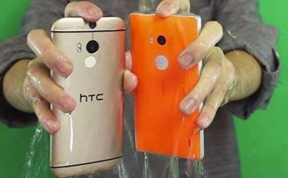 HTC One M8 vs Nokia Lumia 930 vs Galaxy S5 all'Ice Bucket Challenge [VIDEO]