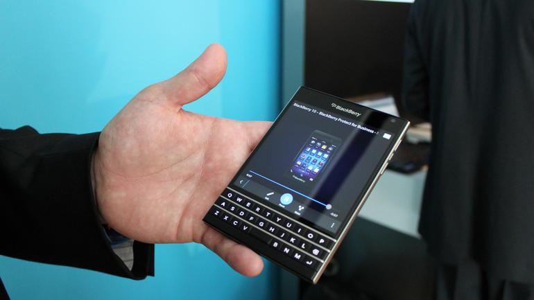 Blackberry Passport nero