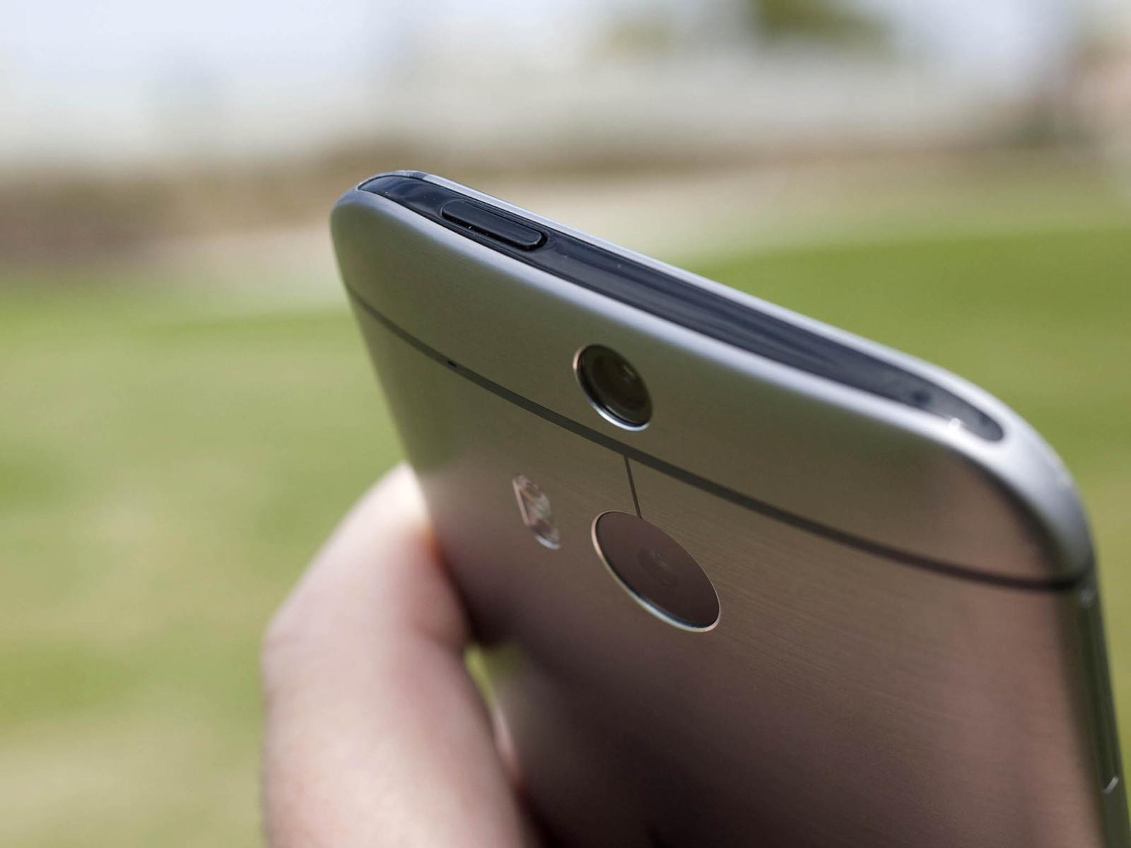 HTC One M8, design