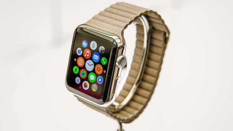 Apple Watch vs Samsung Gear S: scheda tecnica e prezzo [FOTO]