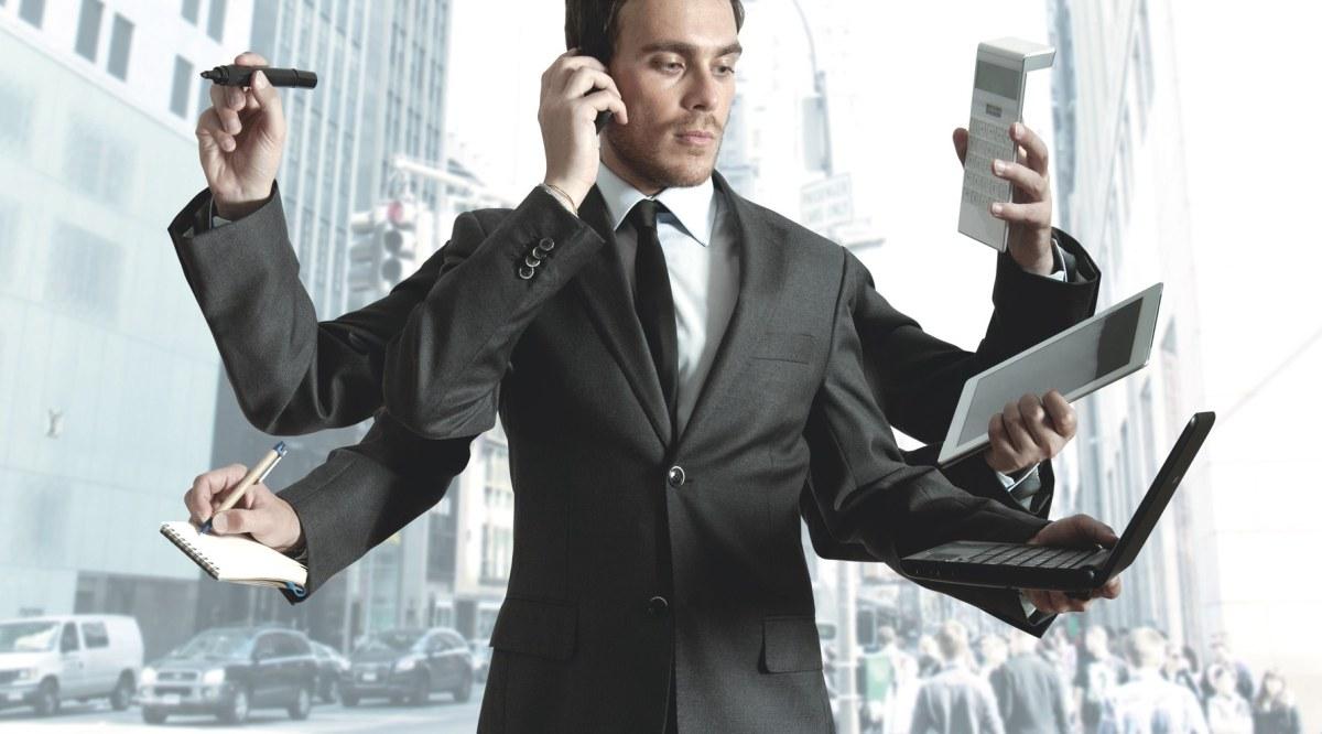 Il multitasking ci rovina il cervello