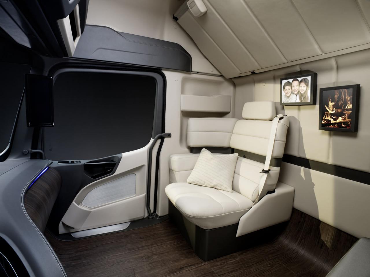Sedili Mercedes Future Truck 2025