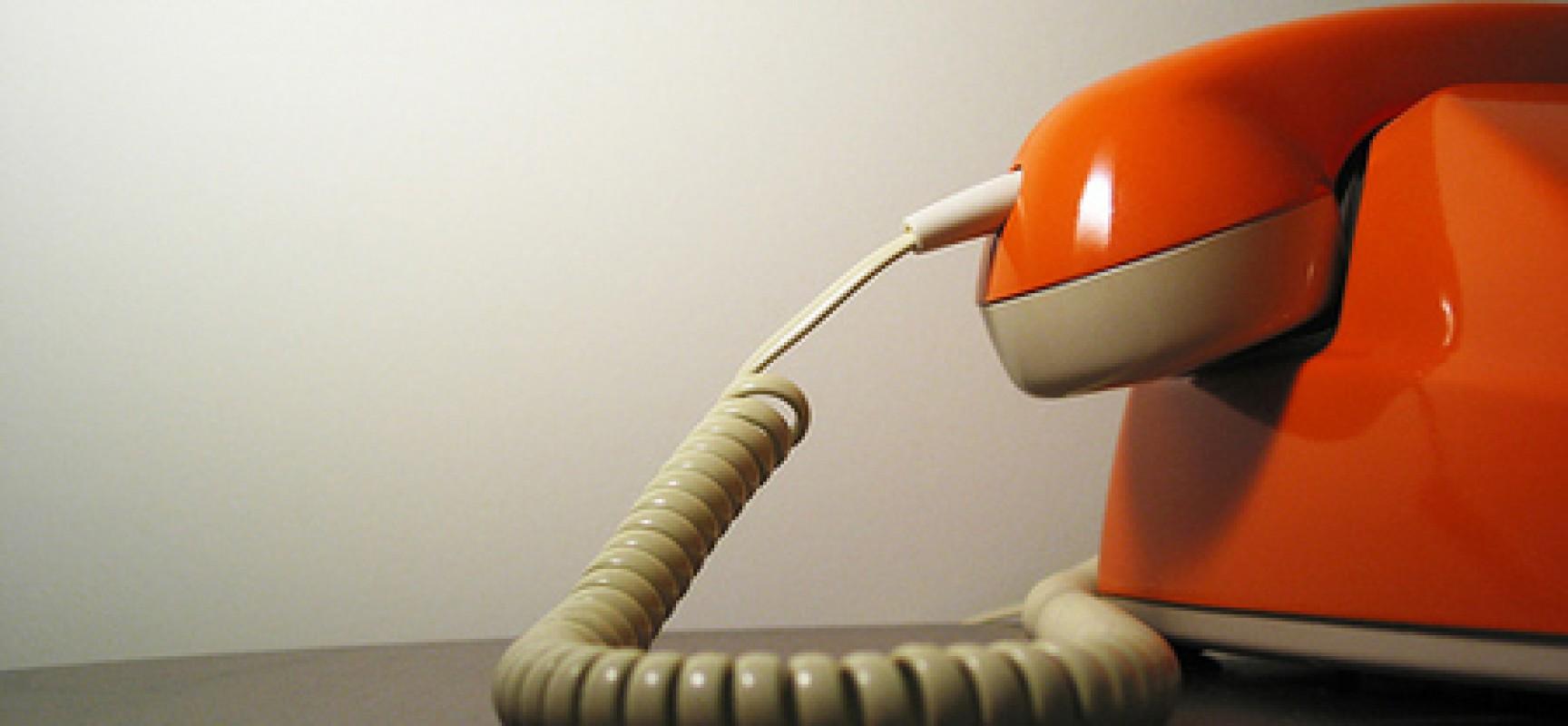 Telefono retrò arancione