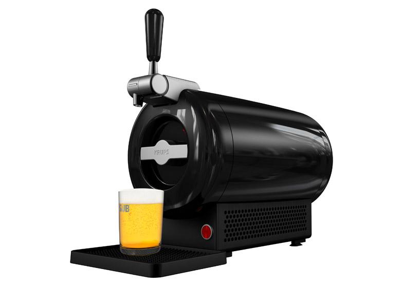 Birra alla spina in casa con lo spillatore che sembra un Mac Pro