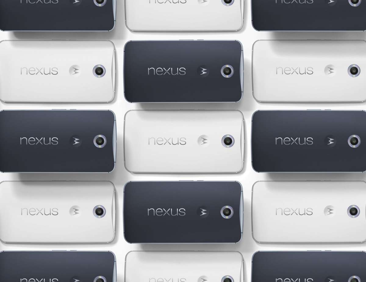 Nexus 6 vs Samsung Galaxy Note 4: scheda tecnica e prezzo [FOTO]
