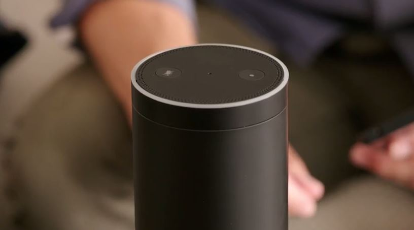 Assistente virtuale Amazon Echo