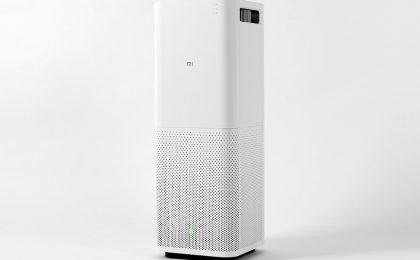 Purificatore d'aria Xiaomi che si controlla con lo smartphone