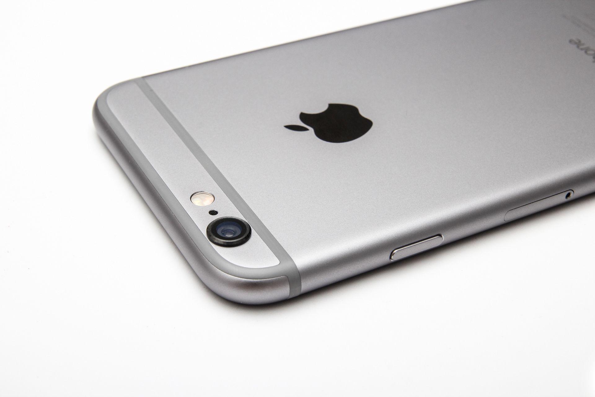 iPhone 6 e iPhone 6 Plus sensibili ai graffi, utenti si lamentano