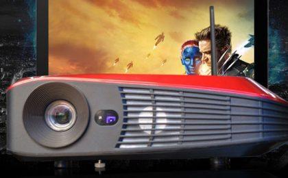 Proiettore HD con mini PC incluso da CloudnetGo