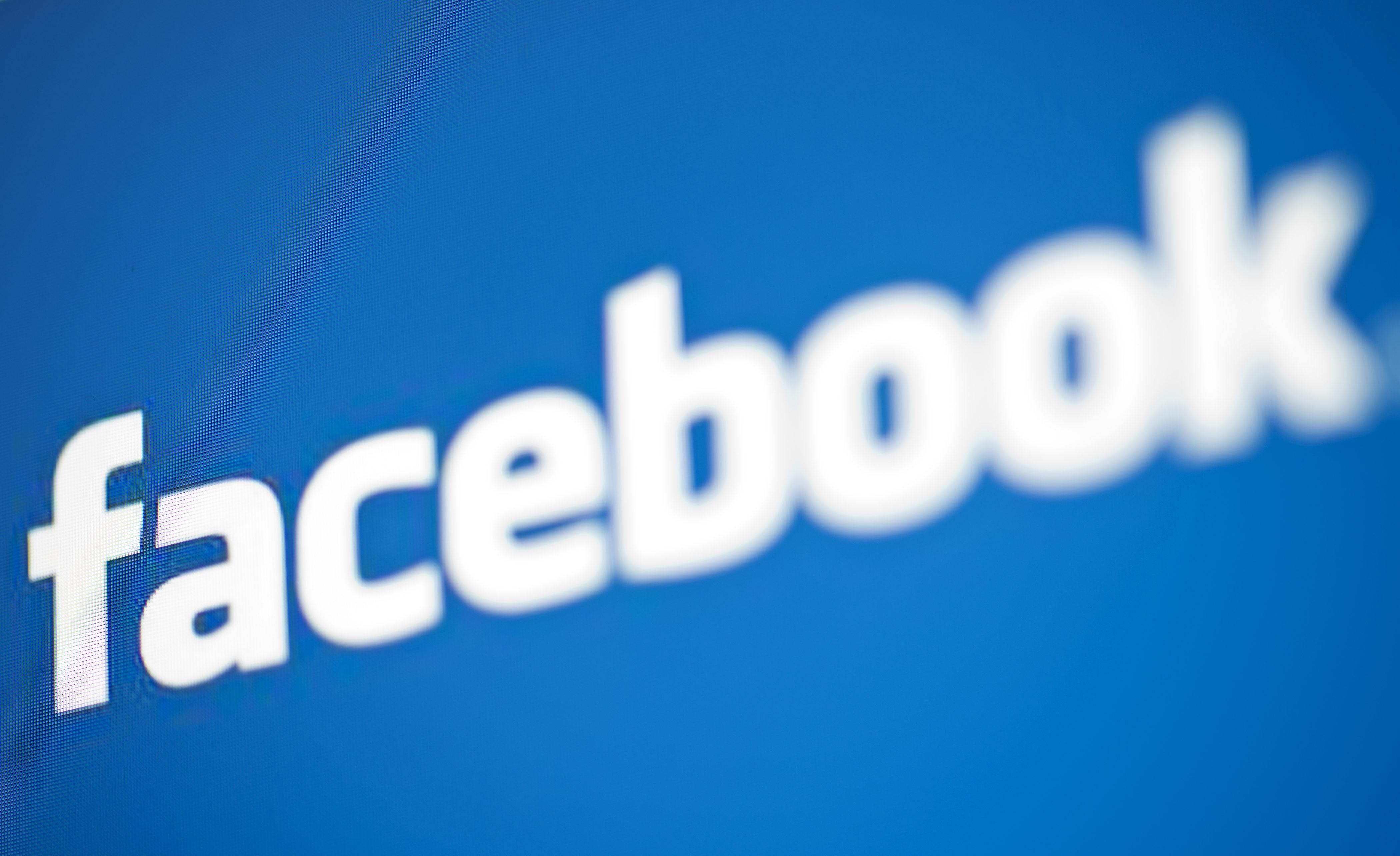 Facebook Lite, app leggera per reti 2G e Android low-cost
