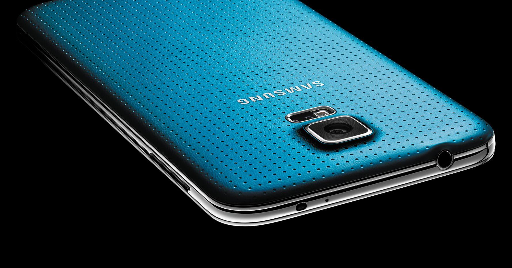 Samsung Galaxy S5 la scocca