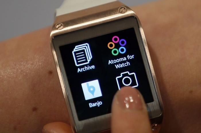 Smartwatch Orbis: concept con cornice rotante