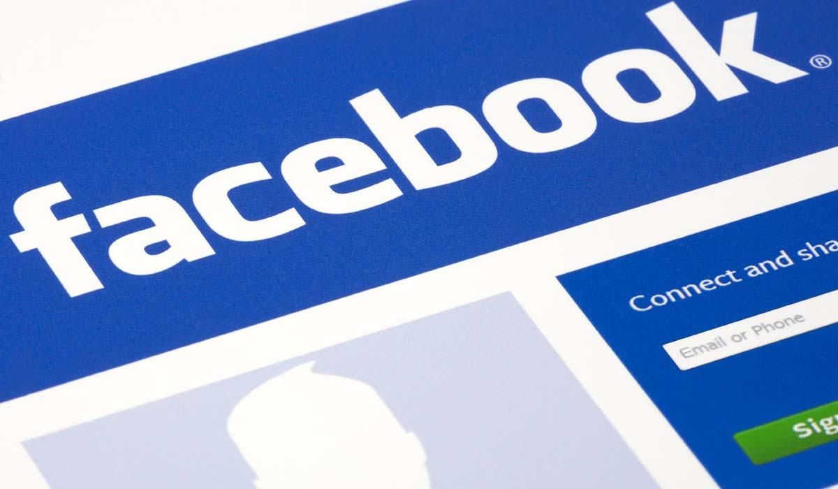 Come cancellare la cronologia di ricerca di Facebook