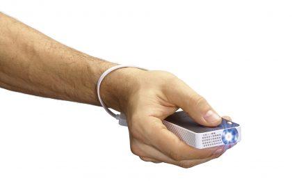 Philips e il pico-proiettore tascabile connesso