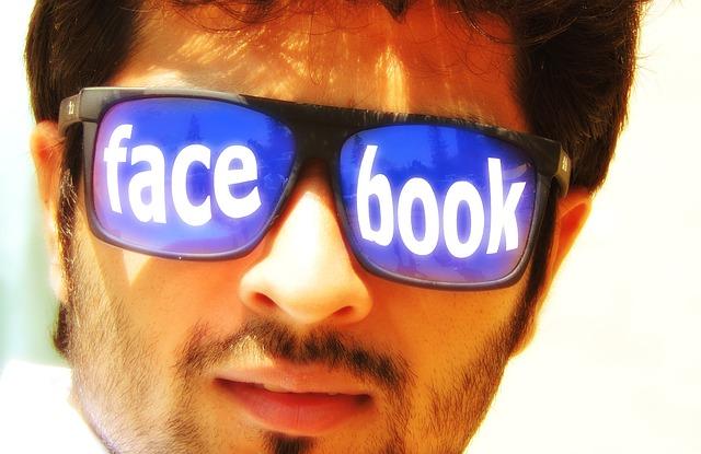 Milioni di utenti usano Facebook senza sapere di stare usando Internet