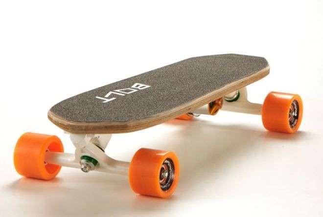 Bolt: il mini skateboard elettrico ideato da un italiano