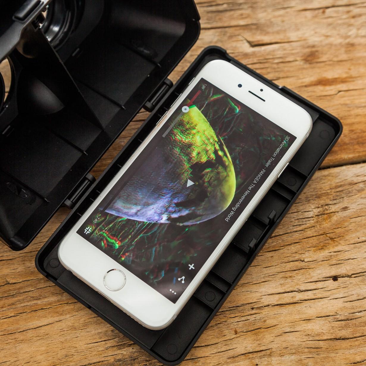visore realta virtuale per smartphone iphone