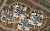 Google Maps smaschera edifici a forma di svastica in Puglia