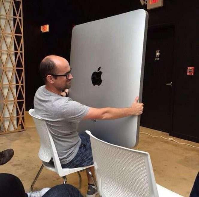 iPad Pro e Apple Pencil: le parodie e gli sfottò del web