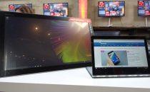 Lenovo Yoga 900: prezzo e scheda dellanti-Surface Book