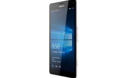 Lumia 950 XL vs Samsung Galaxy S6: confronto di schede tecniche