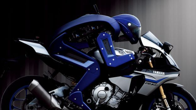 Moto guidata da un robot: scopriamo la Yamaha MotoBot