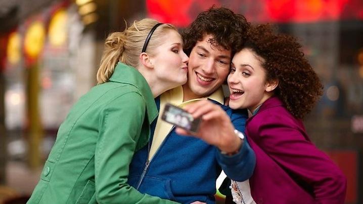 Facebook Messenger avrà il riconoscimento facciale con Photo Magic
