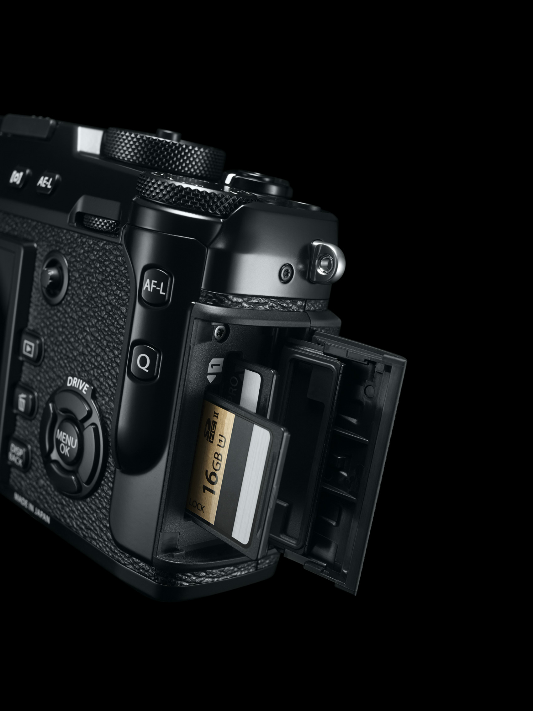 41_X Pro2_BK_SD_card_Slot_inside r85