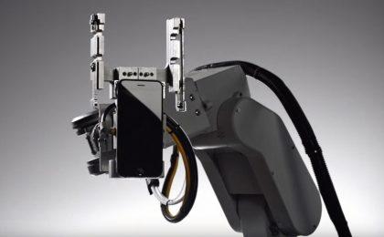 Apple Liam, il robot che smonta gli iPhone