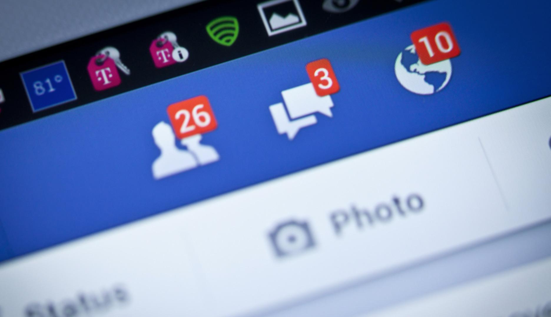 Facebook, allarme virus che menziona in un commento