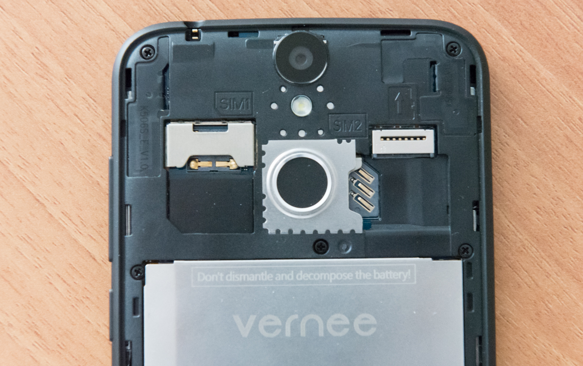 Dual SIM e microSD Vernee Thor