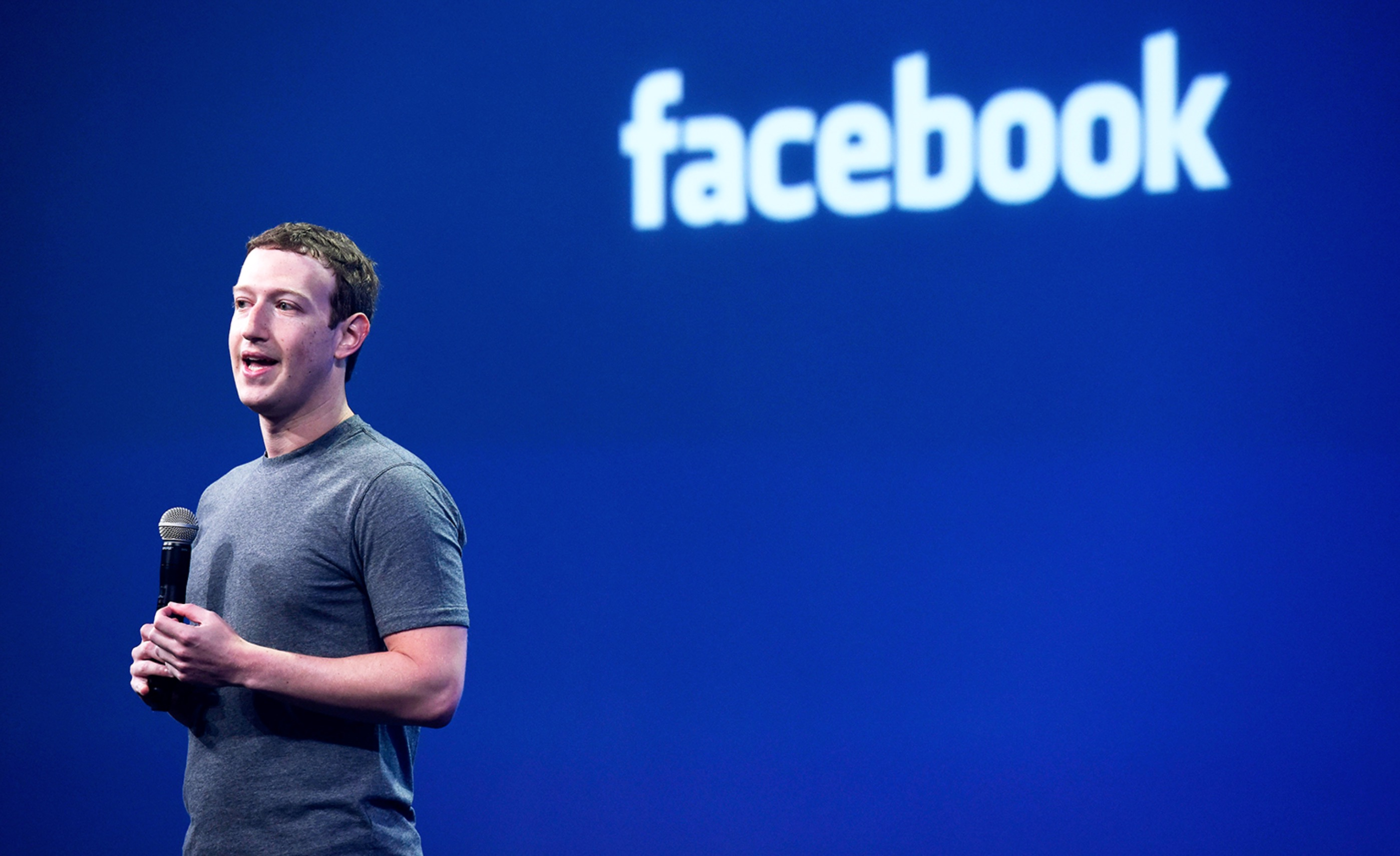 Mark Zuckerberg, hacker violano i suoi account social