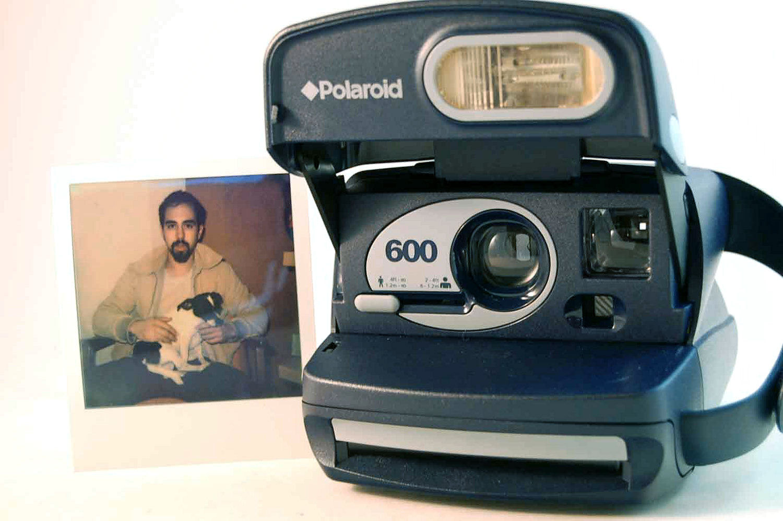 Polaroid 600 aperta