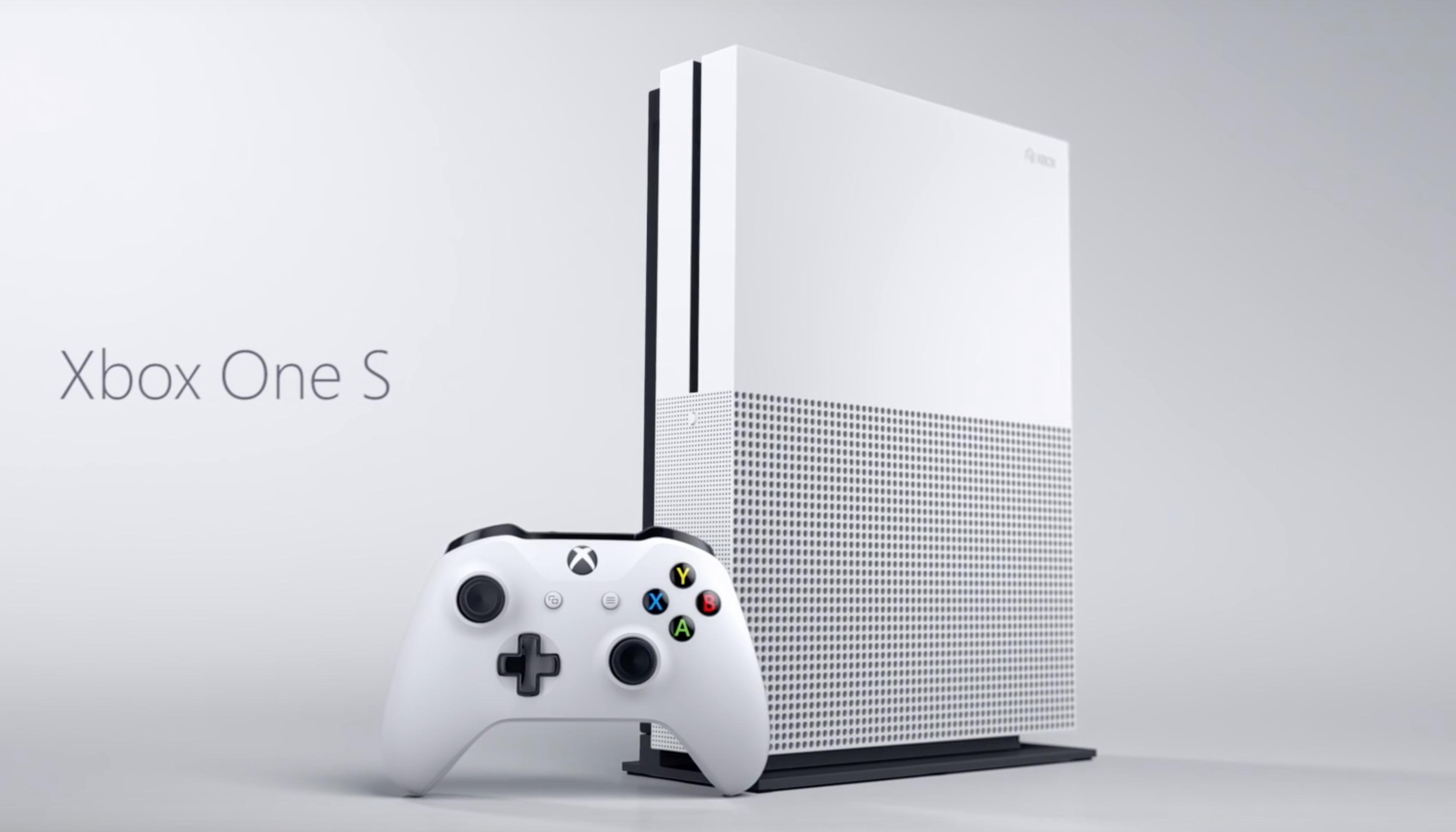Xbox One S: preordini su Amazon a 399 euro