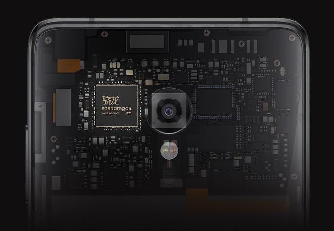ZUK Z2 Pro in uscita: la scheda e il prezzo ufficiali